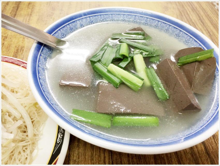台南美食-慶中街豬血湯巷子內的美食葉家豬血湯老饕回國最愛