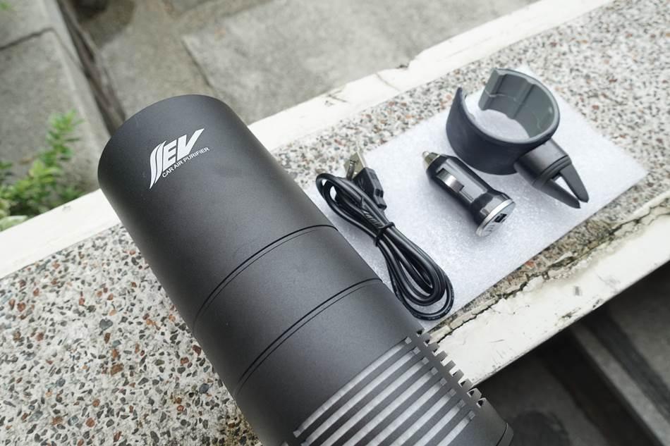 開箱-EV AIR車用空氣清淨機紫外線殺菌HEAP醫療等級濾網全方位乾淨空氣守護者