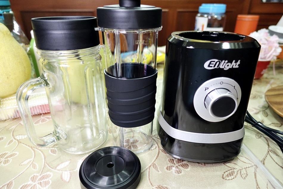 【開箱】ENLight伊德爾生機研磨果汁機 WK-770 (雙杯-隨行+玻璃杯)【開箱】ENLight伊德爾生機研磨果汁機 WK-770 (雙杯-隨行+玻璃杯)