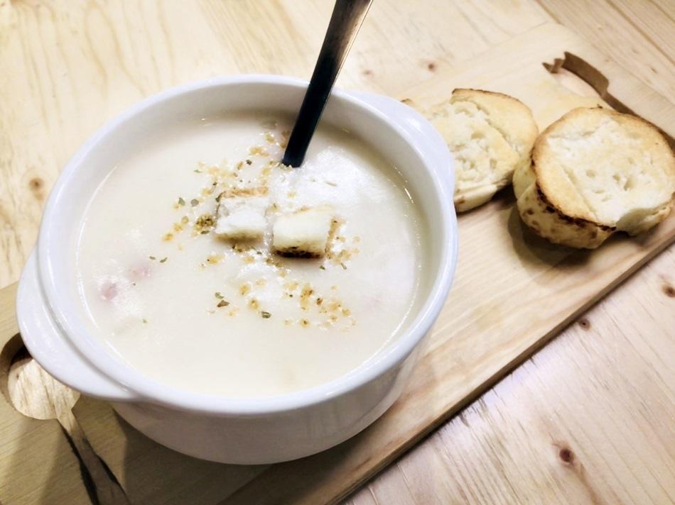 台南美食-新營廚何日當牛想不到是網美打卡聖地,餐點超好吃,調味全都自製