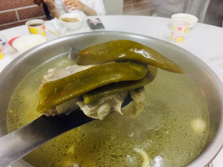 高雄美食-田寮月球土雞園鹹酥雞超推薦雞肉好吃超嫩