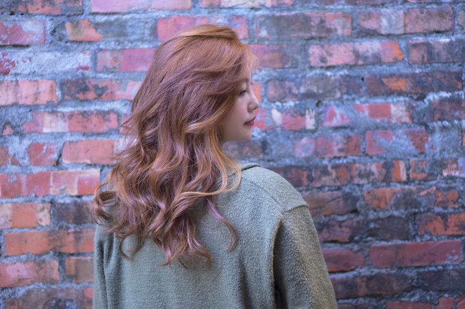 台中染燙髮推薦H-Lounge Hair Design染髮網友口碑推薦染的好美啊