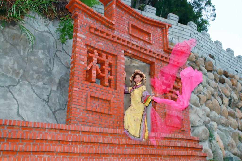 台南旅遊推薦-白河萬里長城文化主題館古裝一秒鐘變格格穿越劇類戲劇