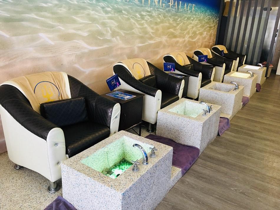 高雄按摩推薦-苓雅浮宮漂浮spa舒緩館漂浮水療美體全身體刷服塑身重點部位瘦身刷刷刷