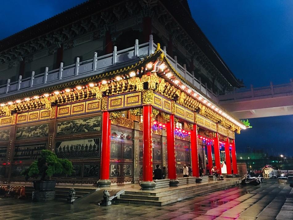 2019年台南土城正統鹿耳門聖母廟無人機燈光秀以及會跳舞的月下老人和亞洲唯一潮流街舞小丑嗨翻全場