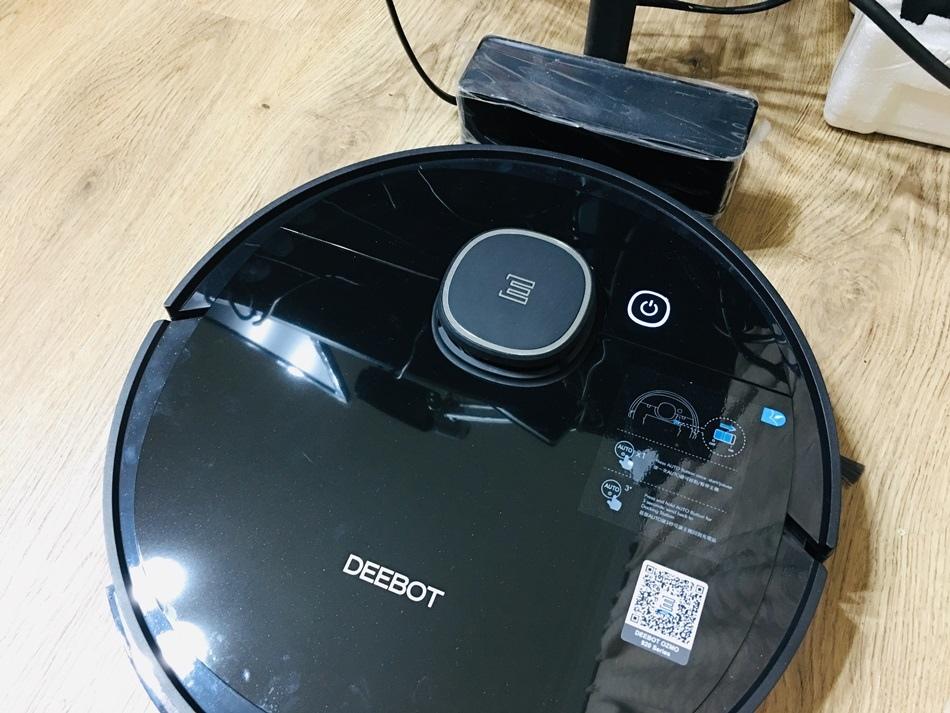 掃地機器人推薦家庭主婦好幫手ECOVACS 掃地吸塵拖地三合一ECOVACS DEEBOT OZMO 920 Series LDS 雷射測距感應器機器人,有掃地與吸塵功能外,還提供拖地、掃地、吸塵、拖地三合一的機型