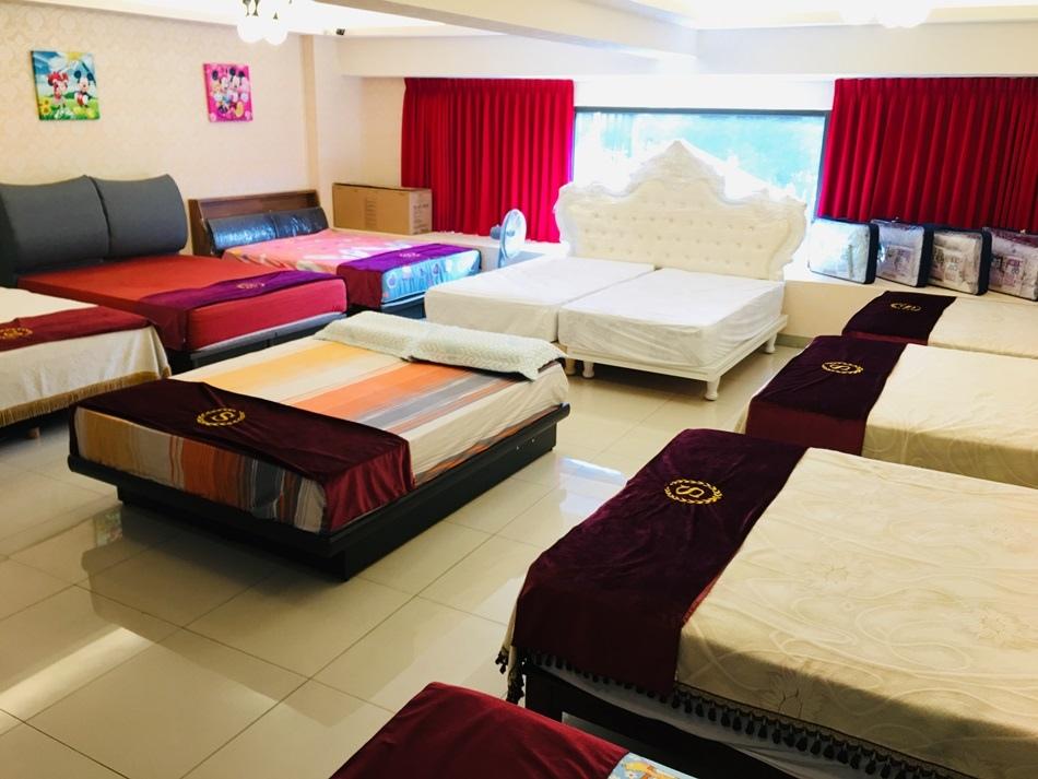高雄床墊推薦床工場生活館高雄旗艦店沒躺過不准買只為給您專屬舒適台灣製造工廠直營在地床墊工廠,在這裡保證可以挑選一張好床墊