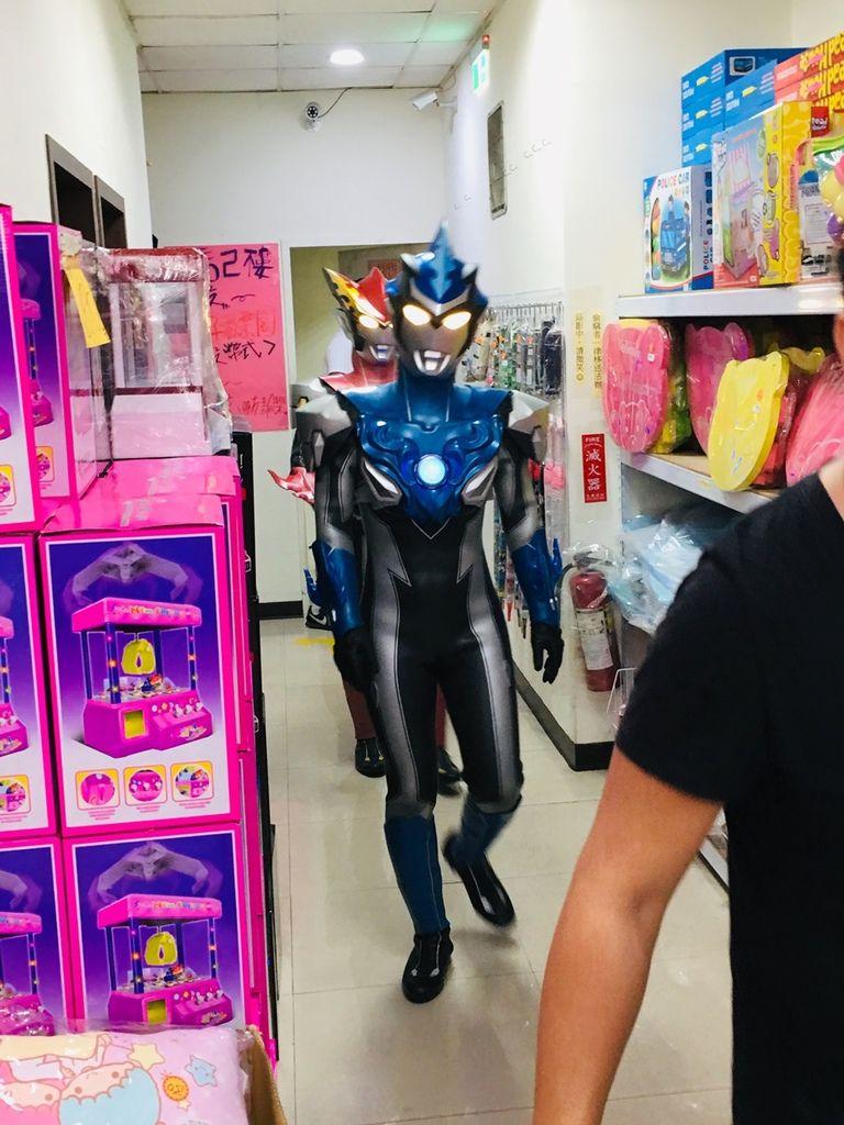 超人力霸王見面會2019高雄崑山玩具鳳山店超人力霸王羅布、歐布見面拍照會