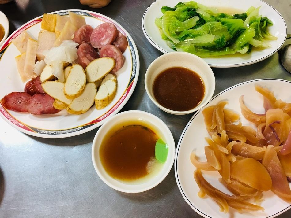 台南美食平價圓環頂香腸熟肉香腸熟肉很多老台南人都愛這一味衛生乾淨,魚卵香腸都好吃私推鍋燒意麵