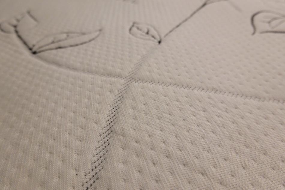 台南床墊坐又銘沙發自產自銷MIT台灣品牌床墊提供客製化服務不知是賣沙發也給您一張舒適的好床