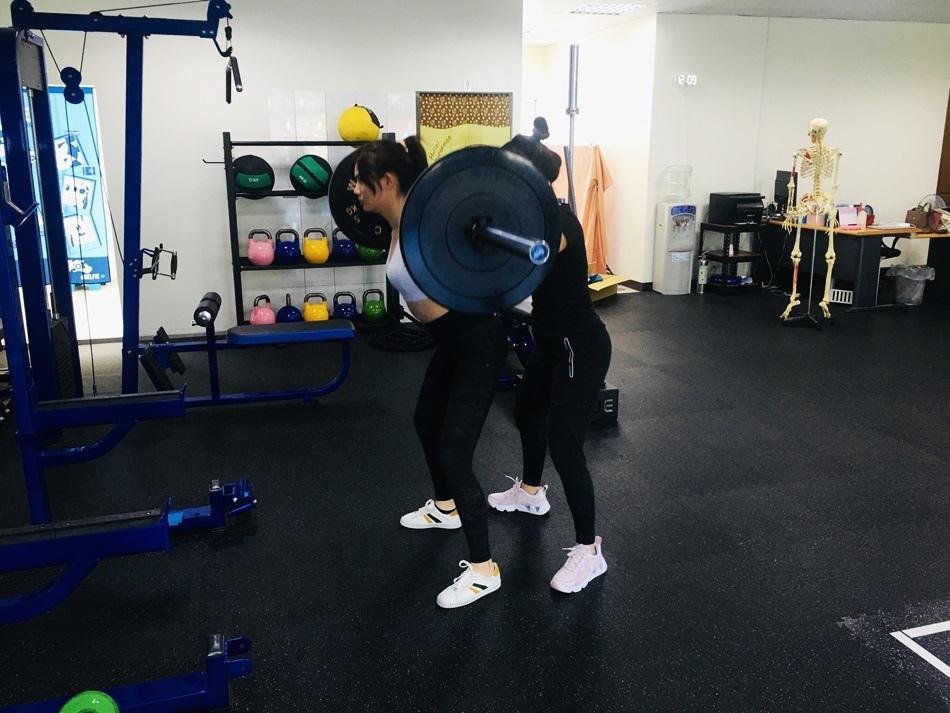 台南健身教練│CA體能工作室,健身運動影片拍攝現場紀錄