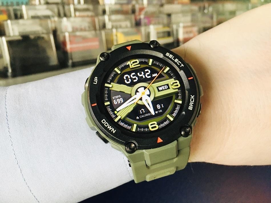 運動手錶推薦Amazfit T-Rex智能手錶軍規認證智能運動心率智慧手錶原廠公司貨14種運動模式雙GPS衛星定位