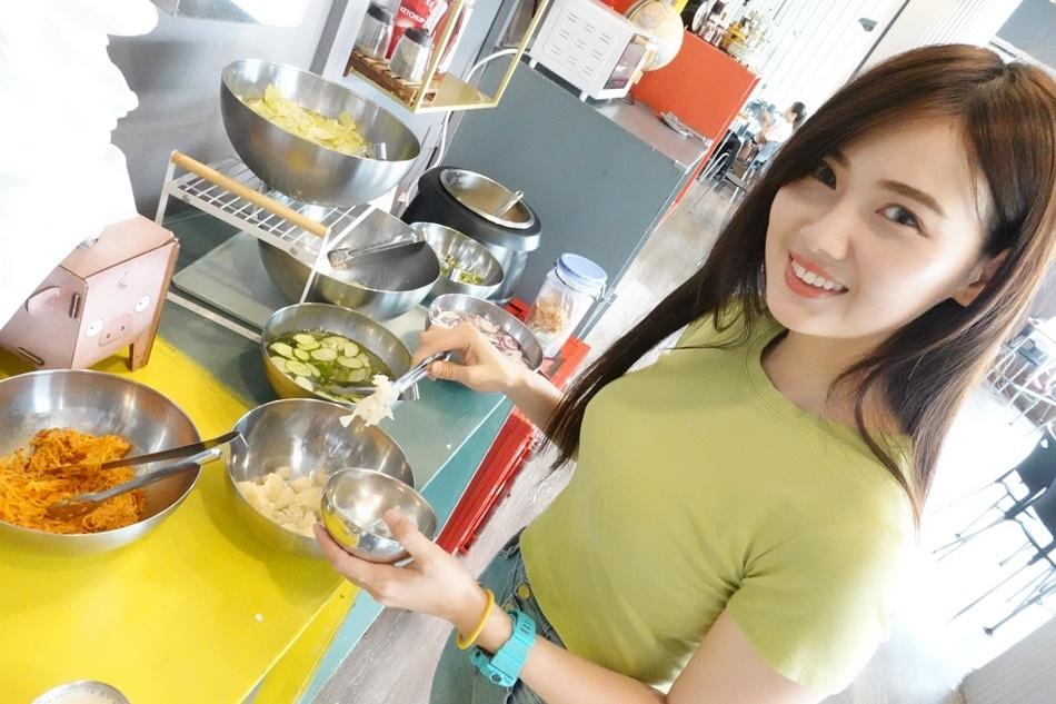 台南牛排19house炙燒牛排仁德店珍珠奶茶、沙拉、抹醬土司、濃湯吃到飽加飯加麵不用錢