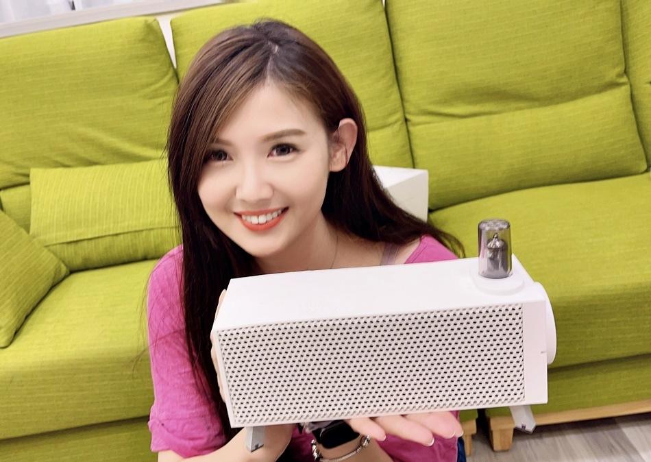 真空管藍牙音箱推薦│OMIX VAC-T太鼓專利、DSP EAI專利,使用藍牙5.0秒連接播放的方便,也有30W雙磁喇叭帶來厚實的低音可支援AUX的輸入以及PHONO的輸