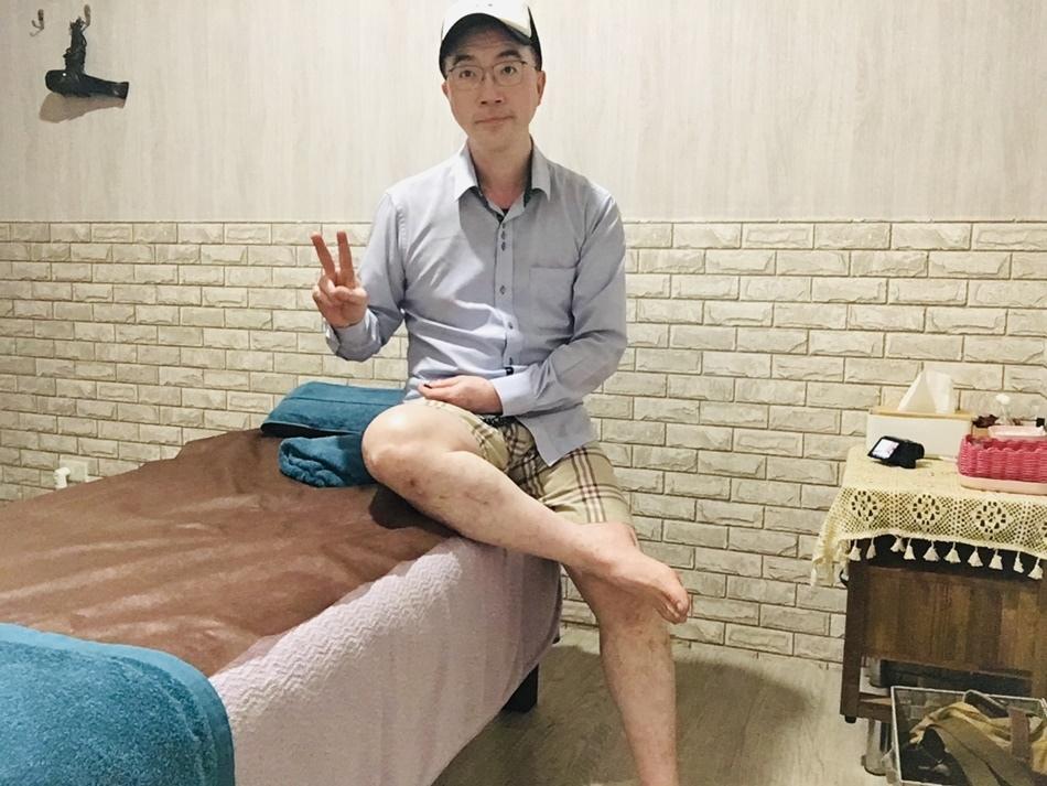 高雄腳底按摩浮宮漂浮spa舒緩館久坐上班族櫃姐教師最愛最推薦,提供精油泡腳、腳底按摩、全身按摩幫助您舒張緊繃的神經,喚回自在的自己