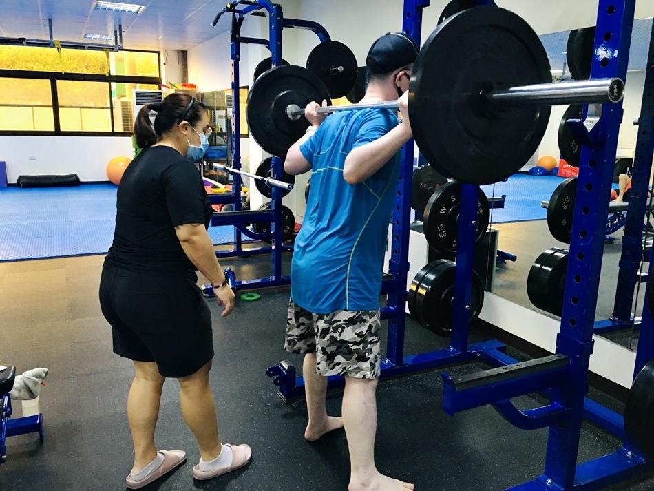 台南一對一私人健身教練推薦│疫情後健身CA體能工作室,台南女教練針對女性肌力客製化、心肺、核心、爆發力,量身訂做訓練課程讓您有效減脂、身材保持曲線更美麗
