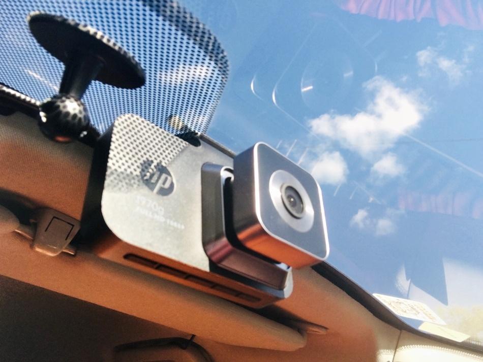 行車紀錄器推薦│hp f970g Kit前後雙鏡頭GPS測速行車記錄器支援全新區間測速系統,F2.0大光圈,專業感光元件,夜晚行車更安心