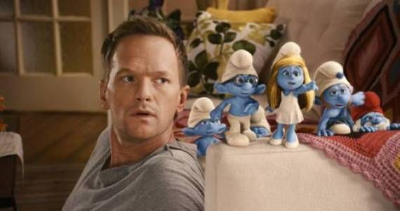 neil-patrick-harris-and-smurfs