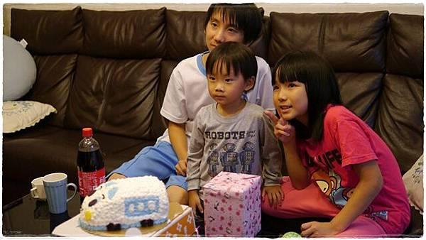 2012--10-17-4歲生日 038