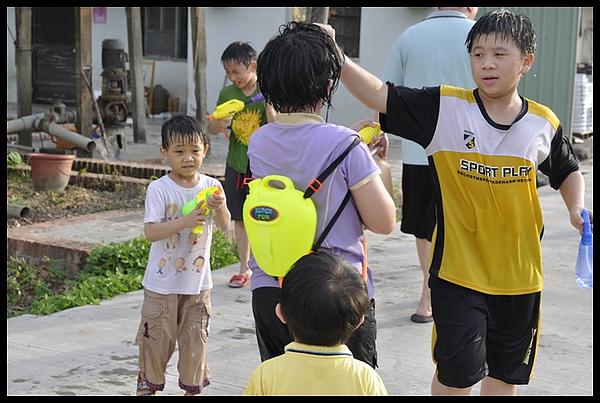 2010-07-08-嘉義戲水 135.JPG