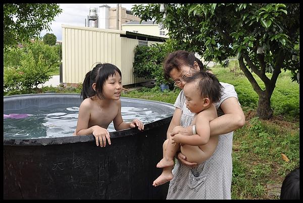 2010-07-08-嘉義戲水 091.JPG