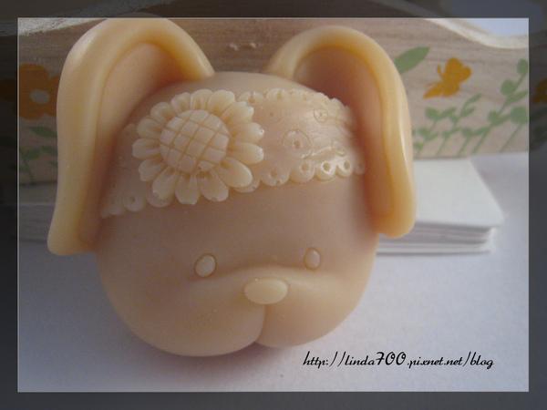 有機豆漿紅麴皂.jpg