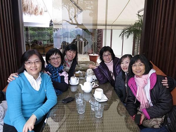 2013/11/28水灣餐廳聚會-42