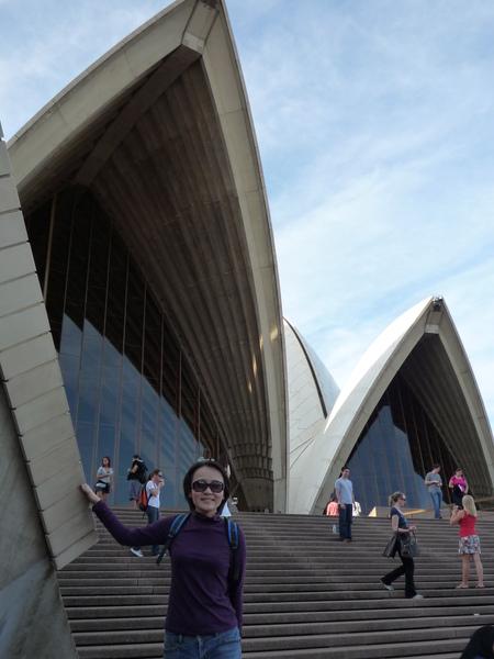 我摸到Opera House....哇.JPG