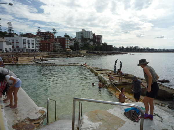海邊的游泳池.JPG