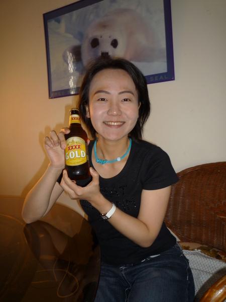 昆士蘭州有名的XXXX啤酒,喝起來很像台灣金牌