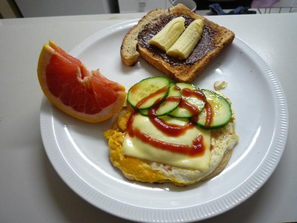 豐富的早餐.JPG