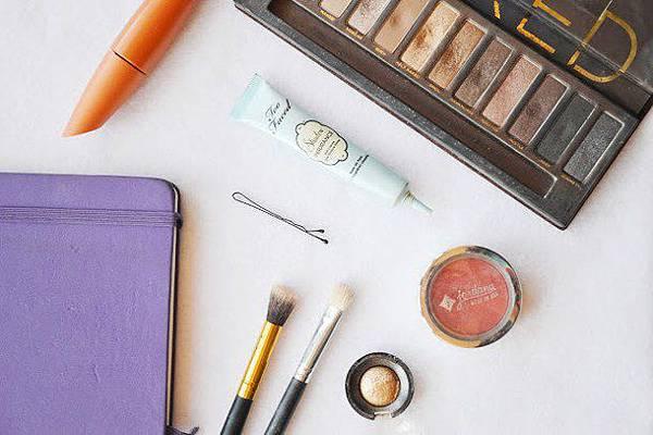 blush-brushes-cosmetics-makeup-Favim.com-3238137.jpg