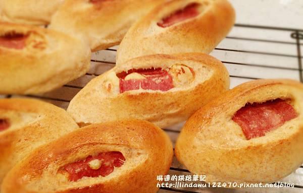 全麥(火雞)培根起司麵包8
