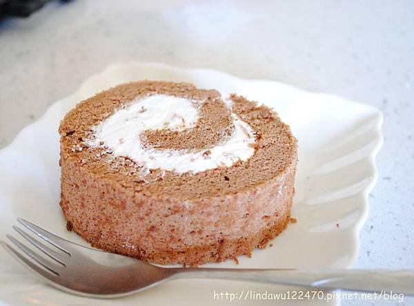 巧克力鮮奶油蛋糕卷--成品E