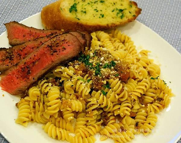 肉醬義大利麵--成品1