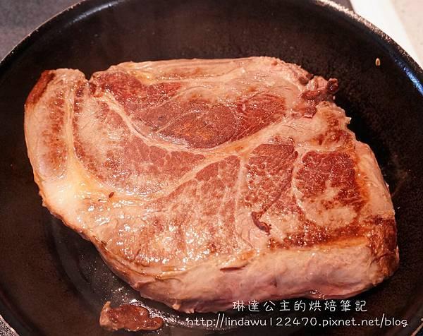 美式燉牛肉(烤箱版)-煎