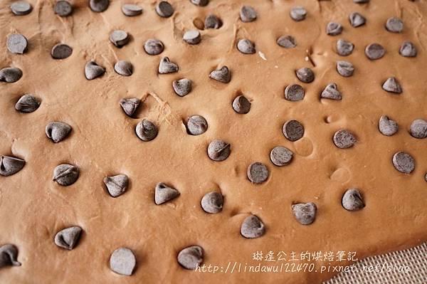 巧克力豆饅頭-鋪巧克力豆