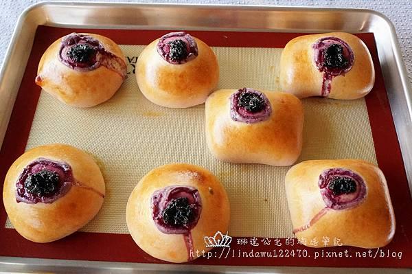 2014-12-28 藍莓乳酪起司麵包3