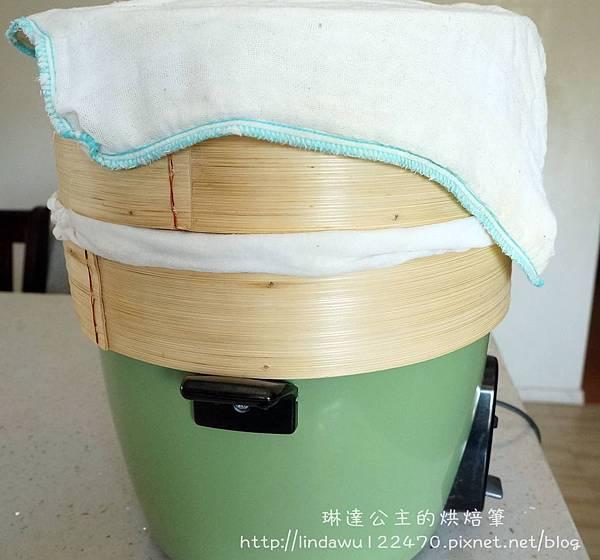 竹筍肉包-竹蒸籠夾濕紗巾