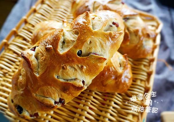 核桃葡萄麵包 11