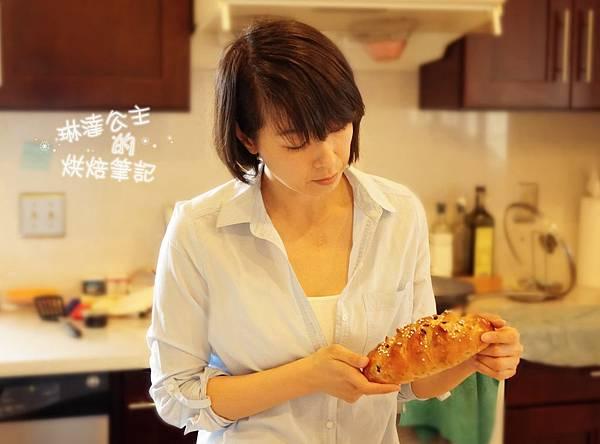 核桃葡萄麵包 14b