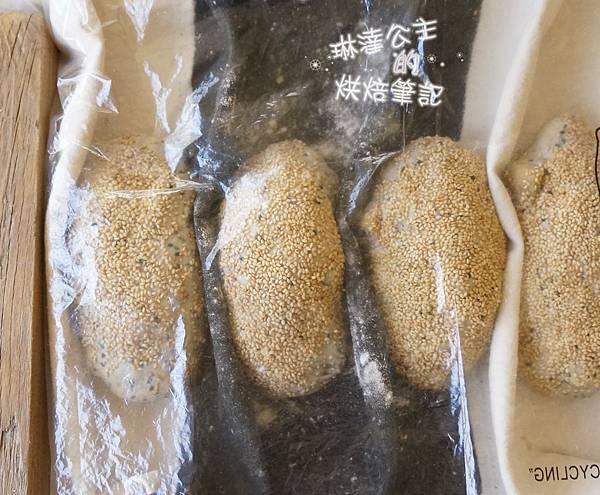 芝麻地瓜麵包 15