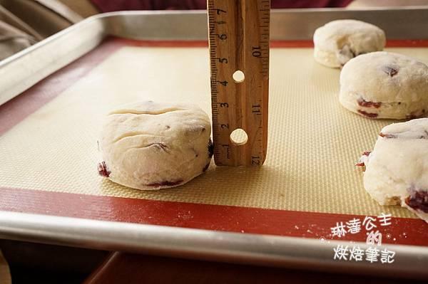 蔓越莓司康 12