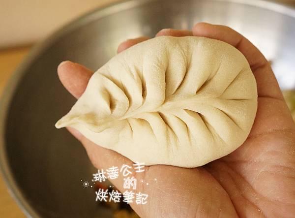 高麗菜葉形包 12