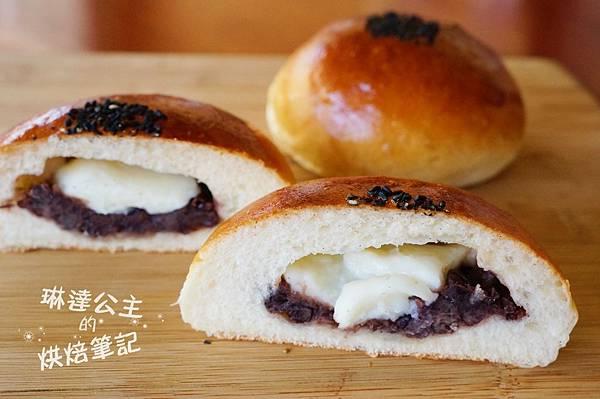紅豆鮮奶麻糬麵包 8