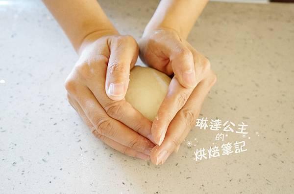玉米濃湯麵包球 6