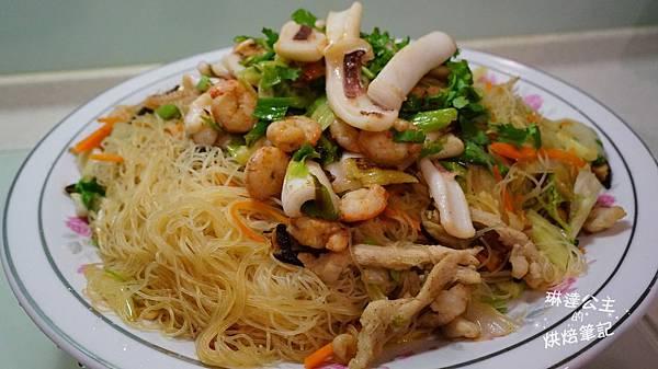 海鮮什錦炒米粉 3