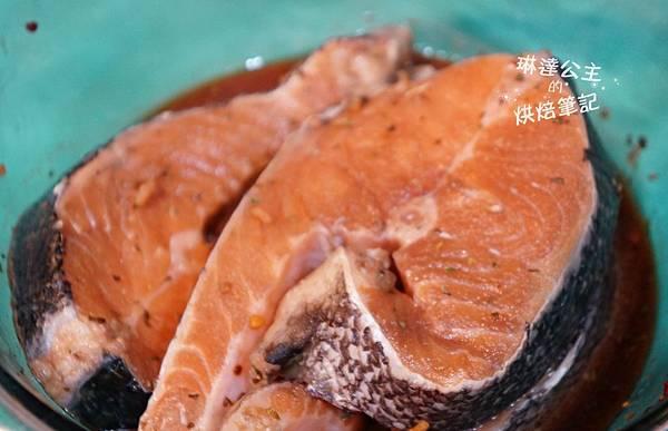 紅酒醬燒鮭魚 1