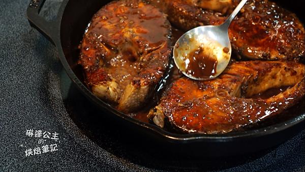 紅酒醬燒鮭魚 3