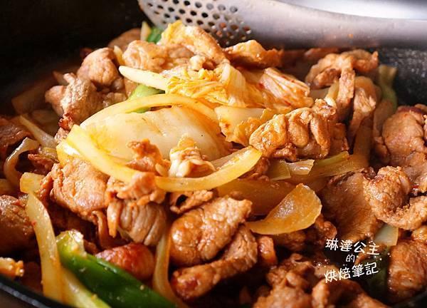 韓式泡菜炒豬肉 8